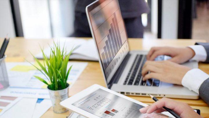 Mengenal Perbedaan Antara Accounting Software Indonesia Online dan Offline