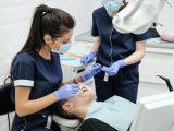 Mengulik Berbagai Layanan dan Harga Perawatan Gigi di Klinik OMDC Jakarta